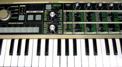 The microKorg Edit panel, with 5 knobs and 22 pages = 120 parameters to control
